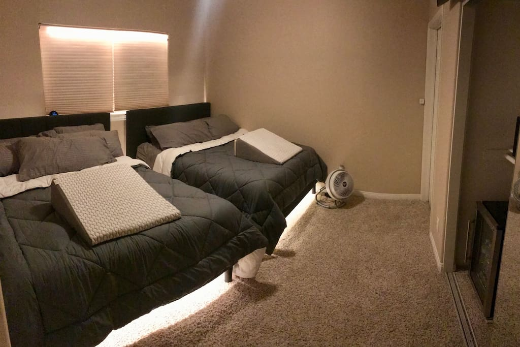 Private Bedroom with 2 QUEEN BEDS (Color LED Lighting, under each bed)