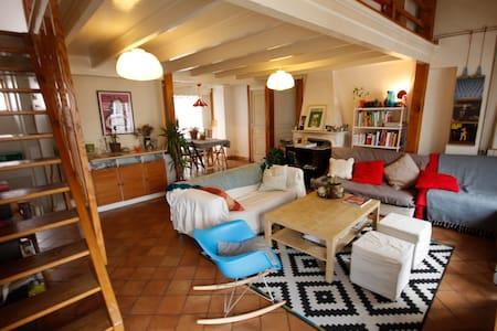 Appartement de caractère dans le haut Belleville - Paris