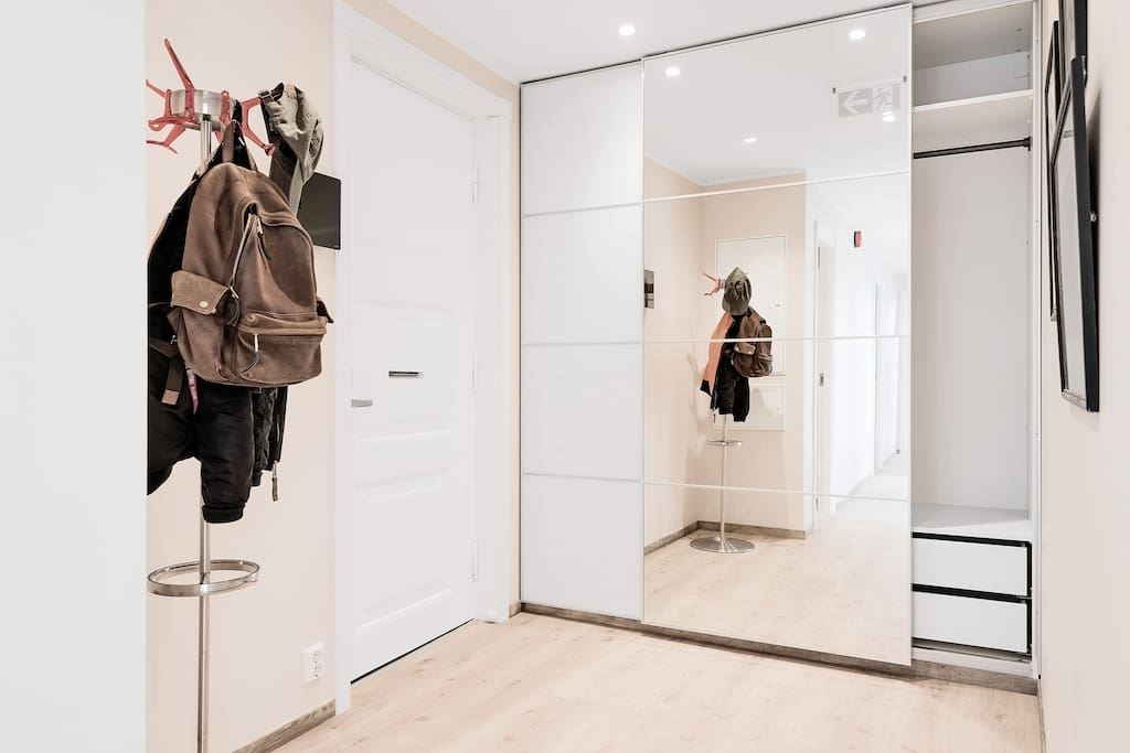 Entrance with closet space, which also is at every bedroom for longer stays.