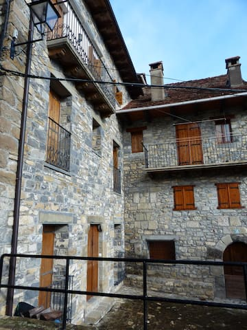 Casa Luisa , En Ansó, Pirineo - Ansó - Hus