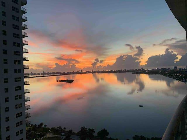 Luxury Miami Stay   Best Location   Best Views