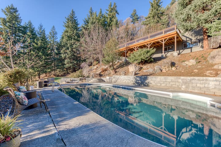 Stylish, remodeled home w/ private pool & peek-a-boo river view!