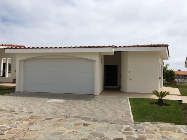 Mision Coronado Villa #8
