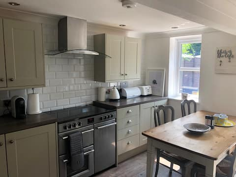 Cosy 3 bedroom cottage in the heart of Kent