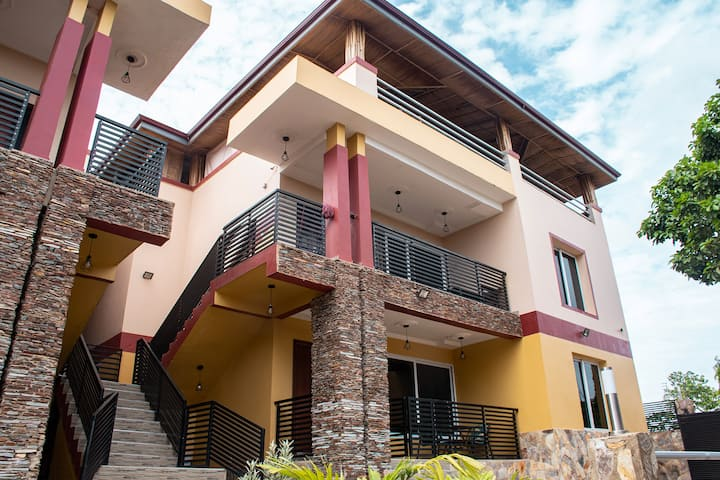 Lux Apartment FELIX in Resort (Pool,Gym&Rooftop)