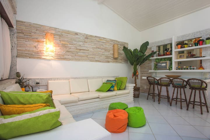 APART HOTEL NA PRAIA DE GERIBÁ (150 mts da praia!)