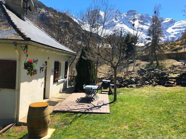 Exceptionnelle maison avec jardin à Gavarnie