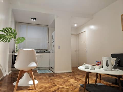 comfortable one bedroom apartment!