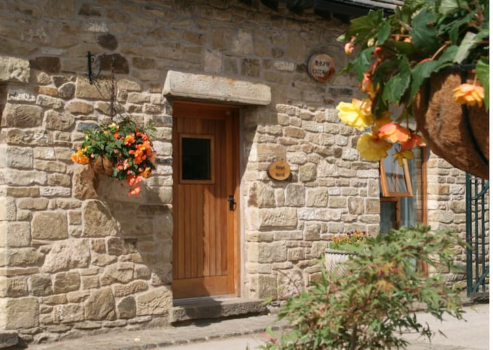 Rural cottage with Spa and beauty treatments
