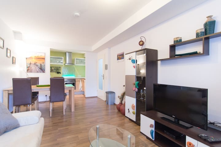 Fair apartment near Dusseldorf - Kaarst - Huoneisto