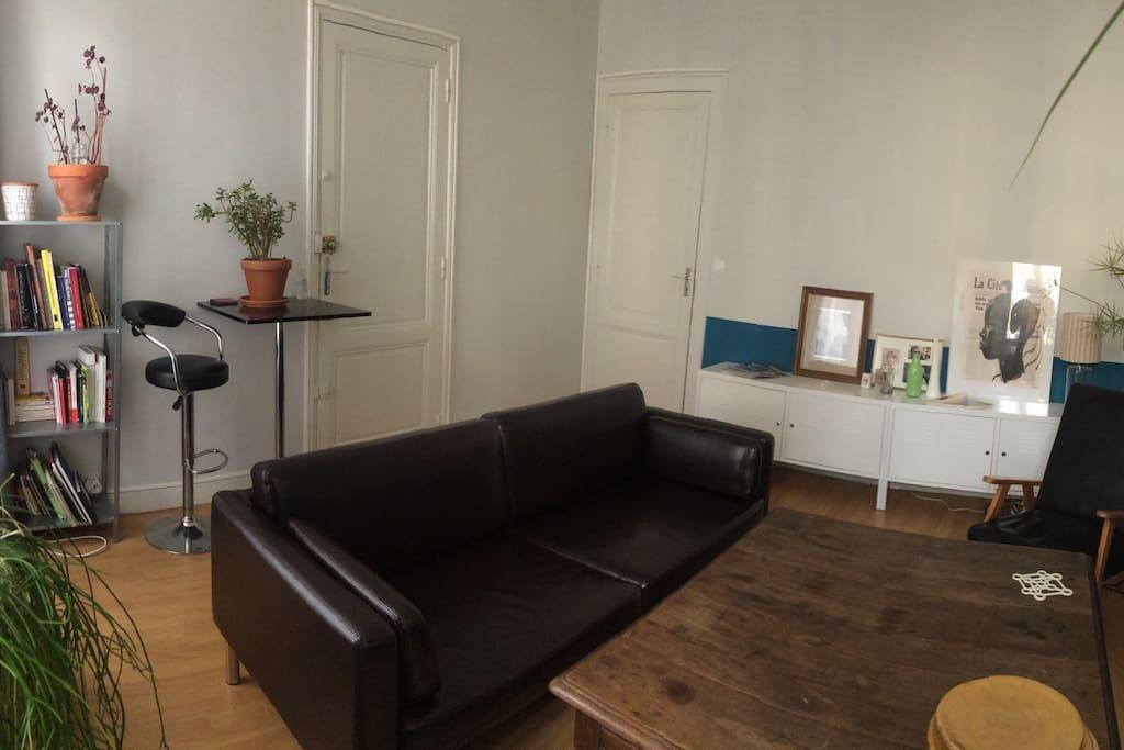 Chambre dans t2 appartements louer bordeaux for Chambre a louer bordeaux