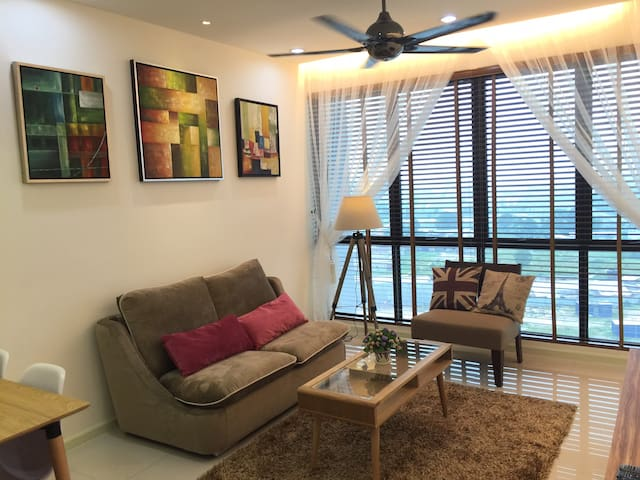Lovely Apartment - Nusajaya - Apartment