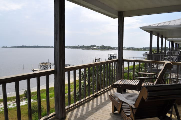 Beach-front Condo in Cedar Key