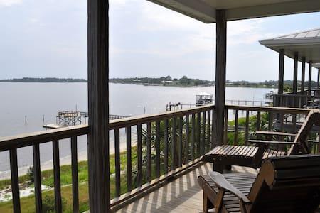 Beach-front Condo in Cedar Key - Cedar Key