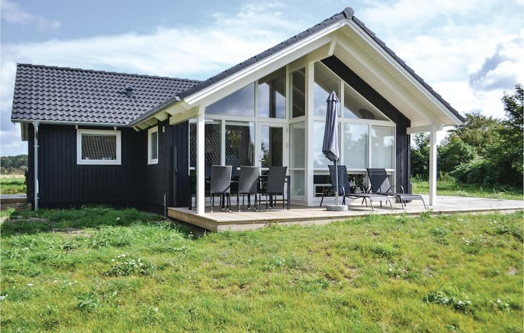 Holiday cottage with 3 bedrooms on 99m² in Knebel