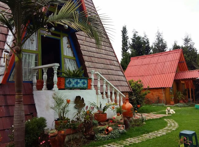 Country Cottage in Chia - For Couples (1 or 2)