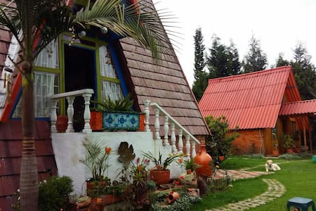 Cabaña campestre muy bonita cerca a Bogotá - Chía - Blockhütte