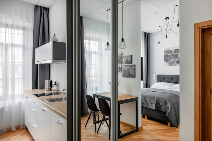 Modern Apartment in Old Town - Piano Apartments