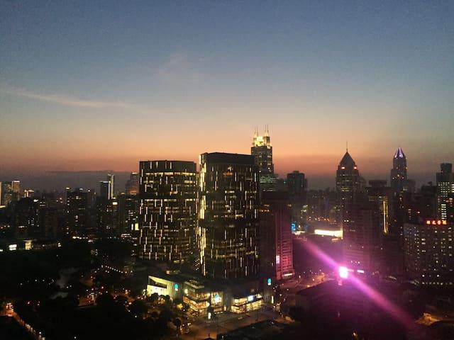 Shanghai Nice View Room in XINTIANDI