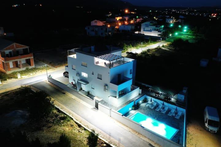 Villa Silver - studio apartman 3