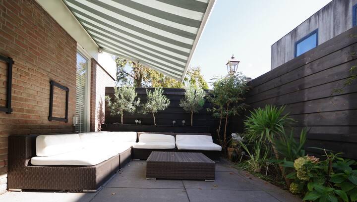 Modern appartement met tuin in centrum van Haarlem