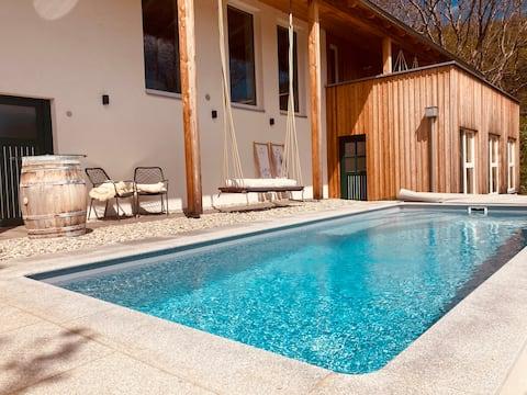 Casa en los viñedos del sur de Estiria con piscina