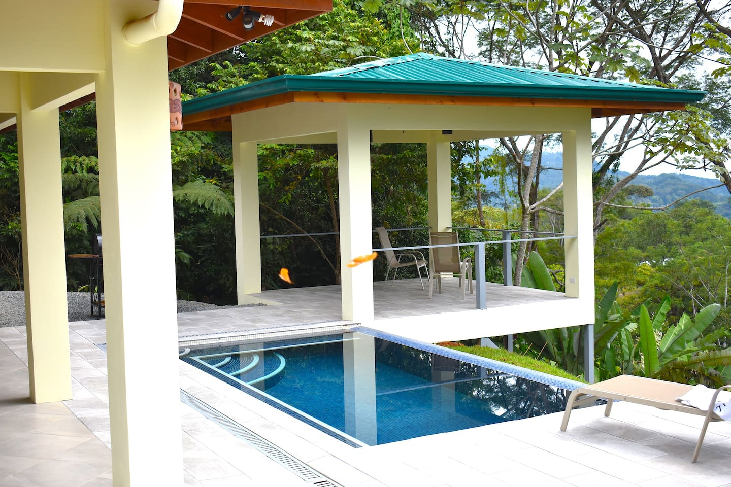 Newly built rancho offers expansive views all the way down the Osa Pennisula with islands, beaches, surf breaks and Whales Tail plus the rainforest canopy with birds, monkeys and sloths (Butterflies dancing in the foreground are not always there : )