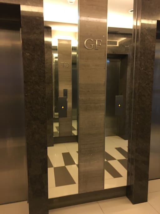 Ground floor elevator