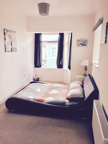 Room available in the beautiful English riviera