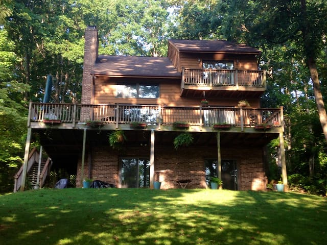 Relax on the banks of Lake Norman, Mooresville, NC - Mooresville - Wohnung