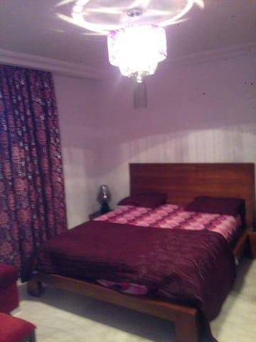 Luxueux appartement richement meublé