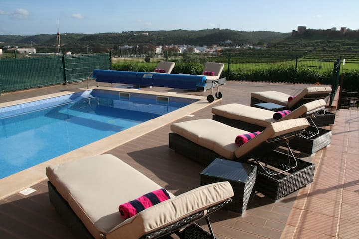 Algarve Home & Private Heated Pool