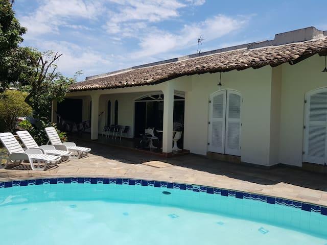 Casa com Wi-Fi no Guarúja - Enseada 14 pessoas