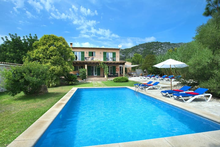 Beautiful Villa Sion with Big Pool and Great views