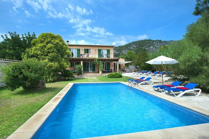 Schöne Villa Sion mit Großem Pool und Herrlichem Blick
