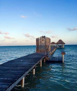 Comfortable Spacious Beach Resort Casita - San Pedro
