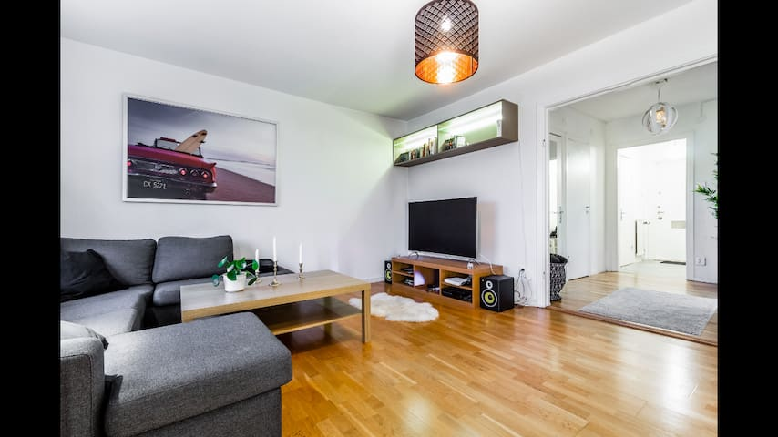 Nice, spacious apartment in northern stockholm