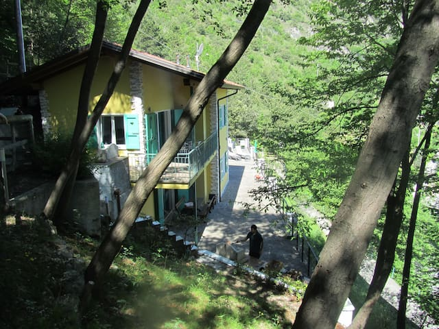 Chalet4you – Terrace Lake - Tremosine - Leilighet