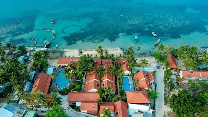 Hula Hula Beachfront Phu Quoc Resort