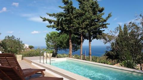Cozy apartment with pool... sea view  Scopello
