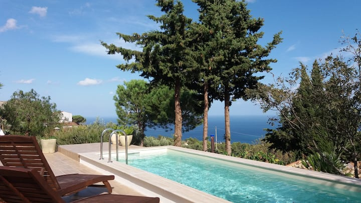 Cozy apartment with pool... sea view  Scopello
