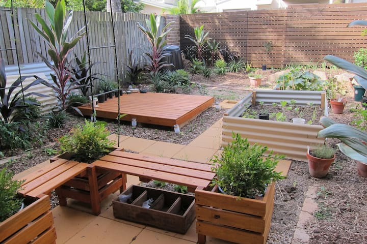 Private room in tranquil house - Annerley - Stadswoning