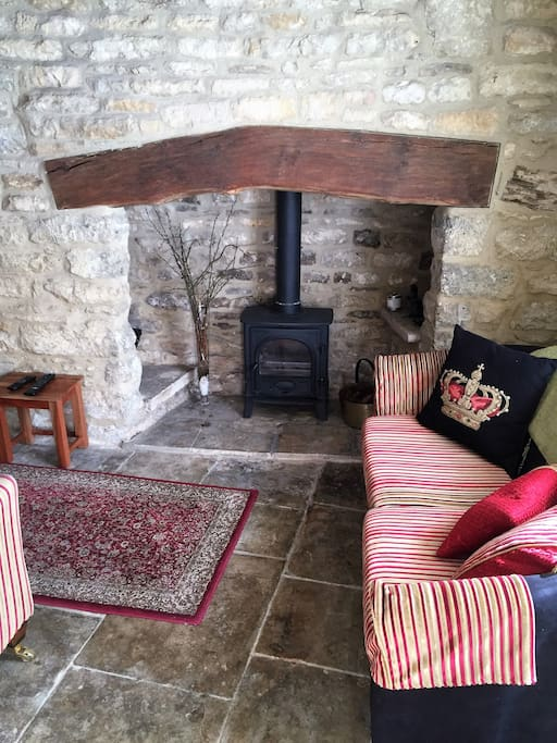 The original 1720's fire place in the sitting room.