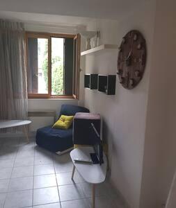 Studio centre village Serrieres prox A7 viaRhona