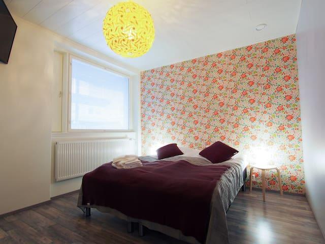 Savonlinna Rentals huone 3 Mansikka