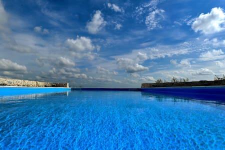 Renovated Romantic Poolside Trullo - Puglia, IT