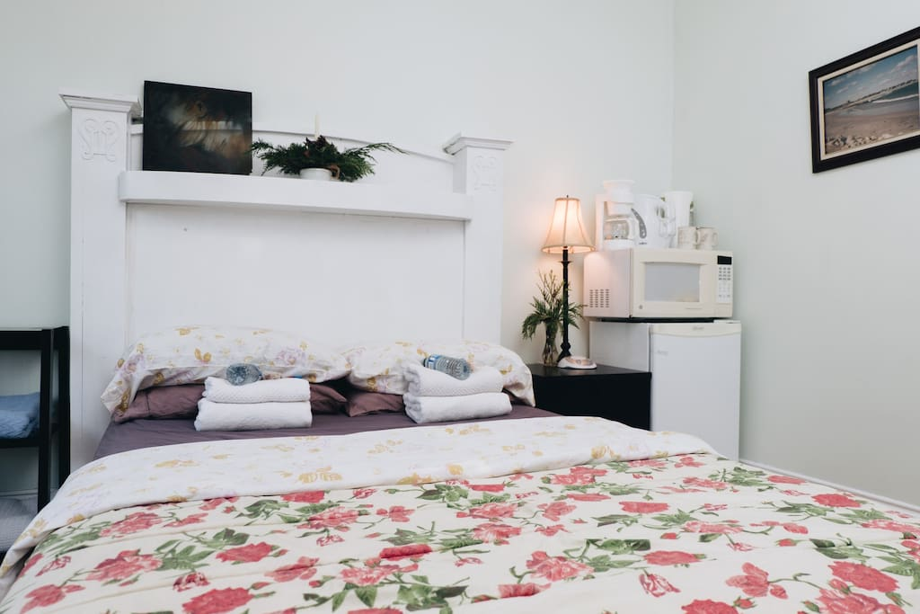 Apartments In Halifax  Bed Room Rent