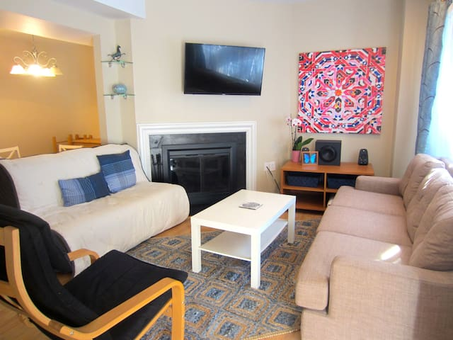 Sunny room in DC's best spot- Dupont/Logan Circle! - Washington - Departamento