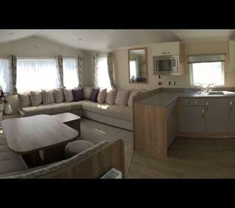 Caravan Holiday Home in Littlesea, Weymouth