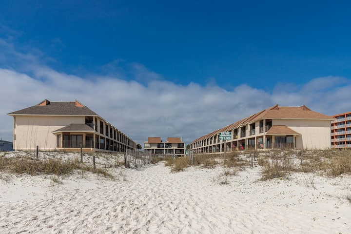 Beach Side Townhome at Gulf Shores